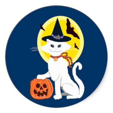 Gato blanco en el Halloween británico