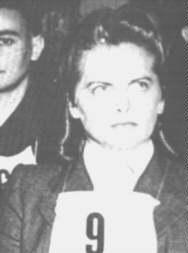 """""""El Ángel de Auschwitz"""" durante el juicio en el que se le condenó a muerte (Hamelín - 1945)"""
