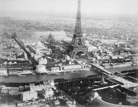 la-torre-eiffel-es-uno-de-los-monumentos-a-la-muerte-mas-grandes-del-mundo-526-body-image-1436521375