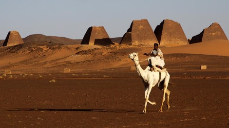 kush_camel_pyramids